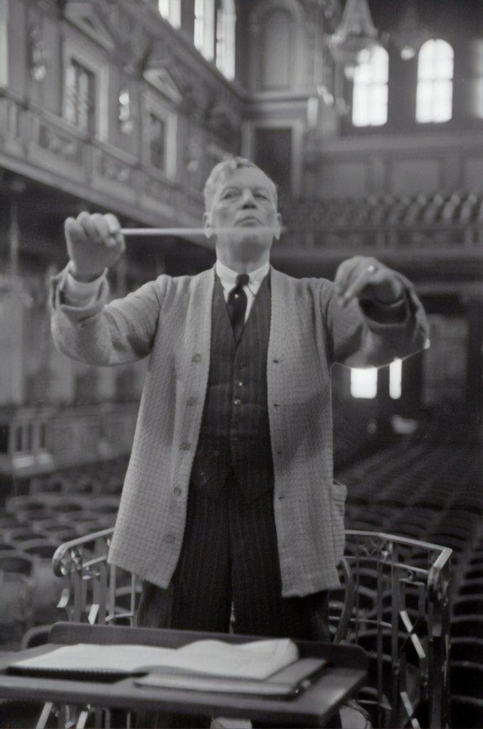 Conductor - interludes